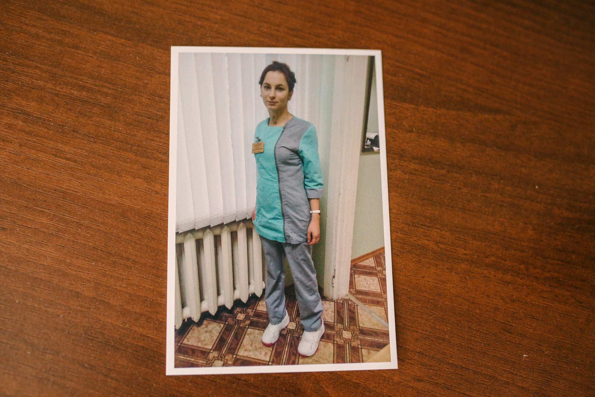 В медицину Алеся пошла, чтобы помогать другим людям. Говорит, что очень любит свою работу.