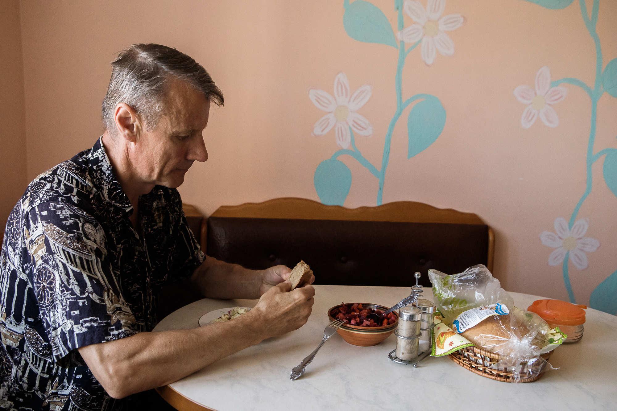 «Я богатый человек, у меня три почки». Физрук из Бреста учит пациентов, как прожить после трансплантации еще полвека
