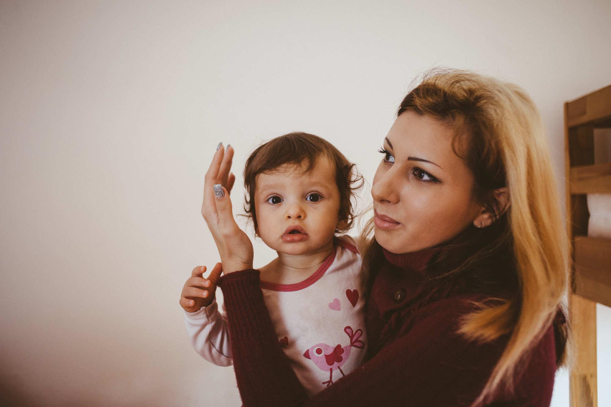 Девушка с ребенком жилье