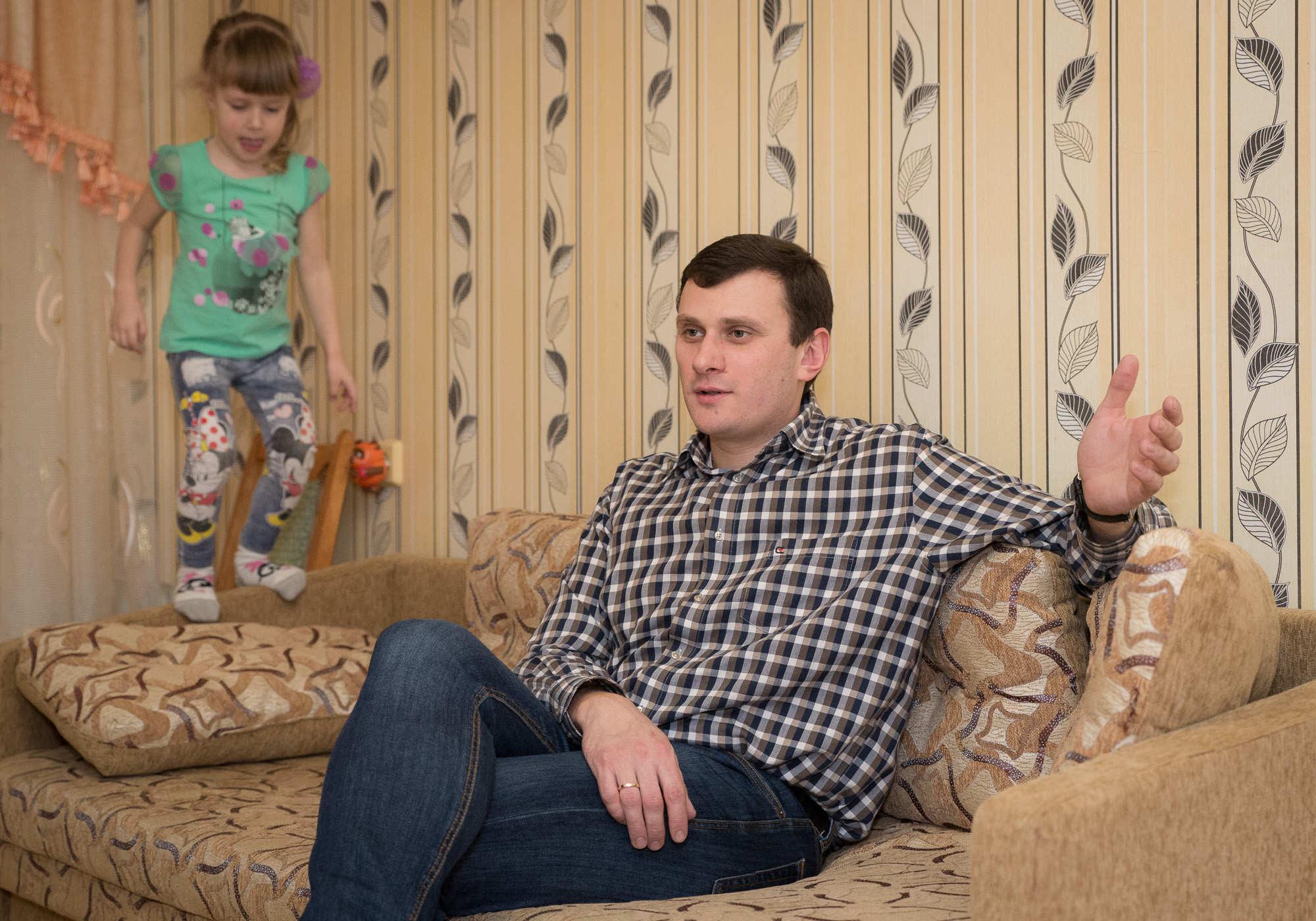 От советского ремня надо уходить». Как папа-школа учит белорусов ...